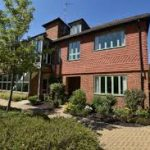 SellMyHouseQuicklyWoking-house4